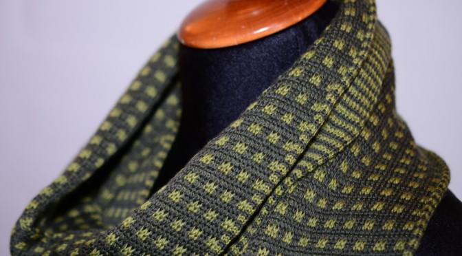 Opskrift på halstørklæde i dobbelt Jacquard