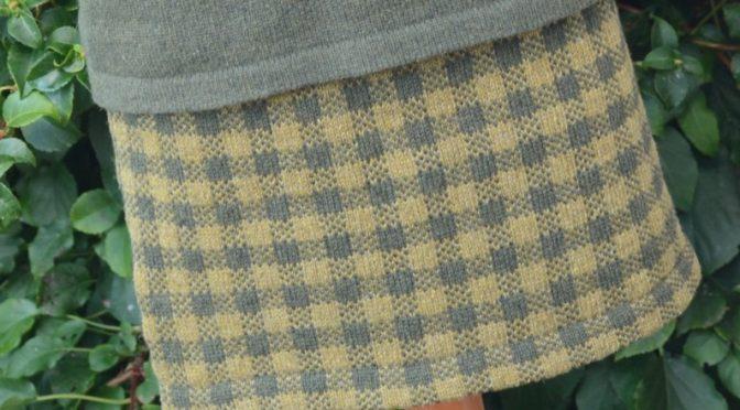 Efterårets ternede nederdel